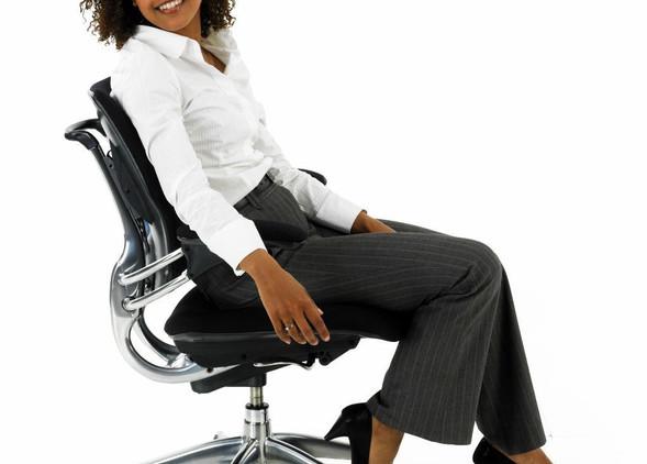 freedom-office-desks-office-chairs-3.jpg