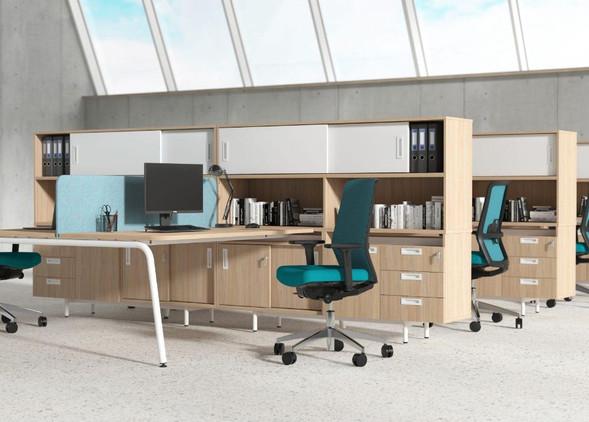 round-office-desks-office-chairs-4.jpg