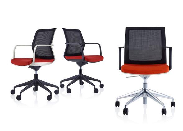 workday-meeting-furniture-1.jpg