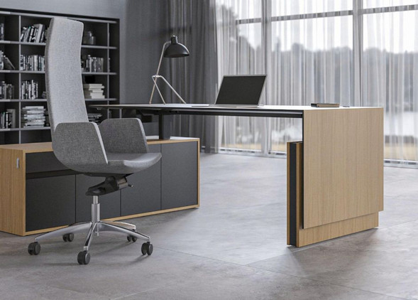 motion-executive-office-desks-office-chairs-4.jpg