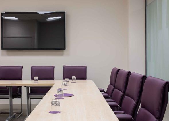 delphi-meeting-furniture-4.jpg