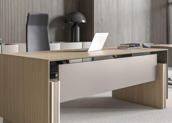 motion-executive-office-desks-office-chairs-3.jpg