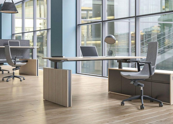 motion-executive-office-desks-office-chairs-1.jpg