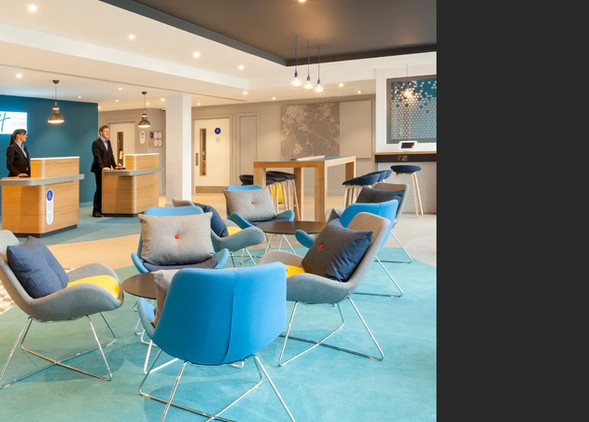 avi-reception-furniture-3.jpg