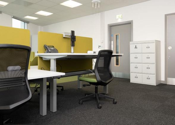 progress-office-desks-office-chairs-4.jpg