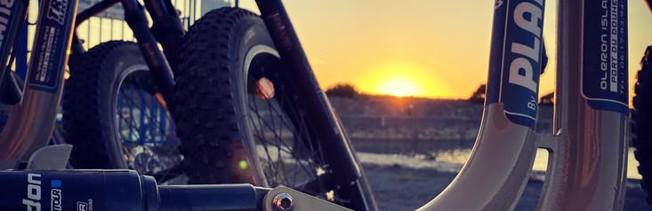 lever de soleil sur le port du Douhet