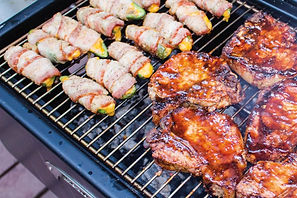 Meadow_Creek_PG25_Patio_Grill_With_Pork_