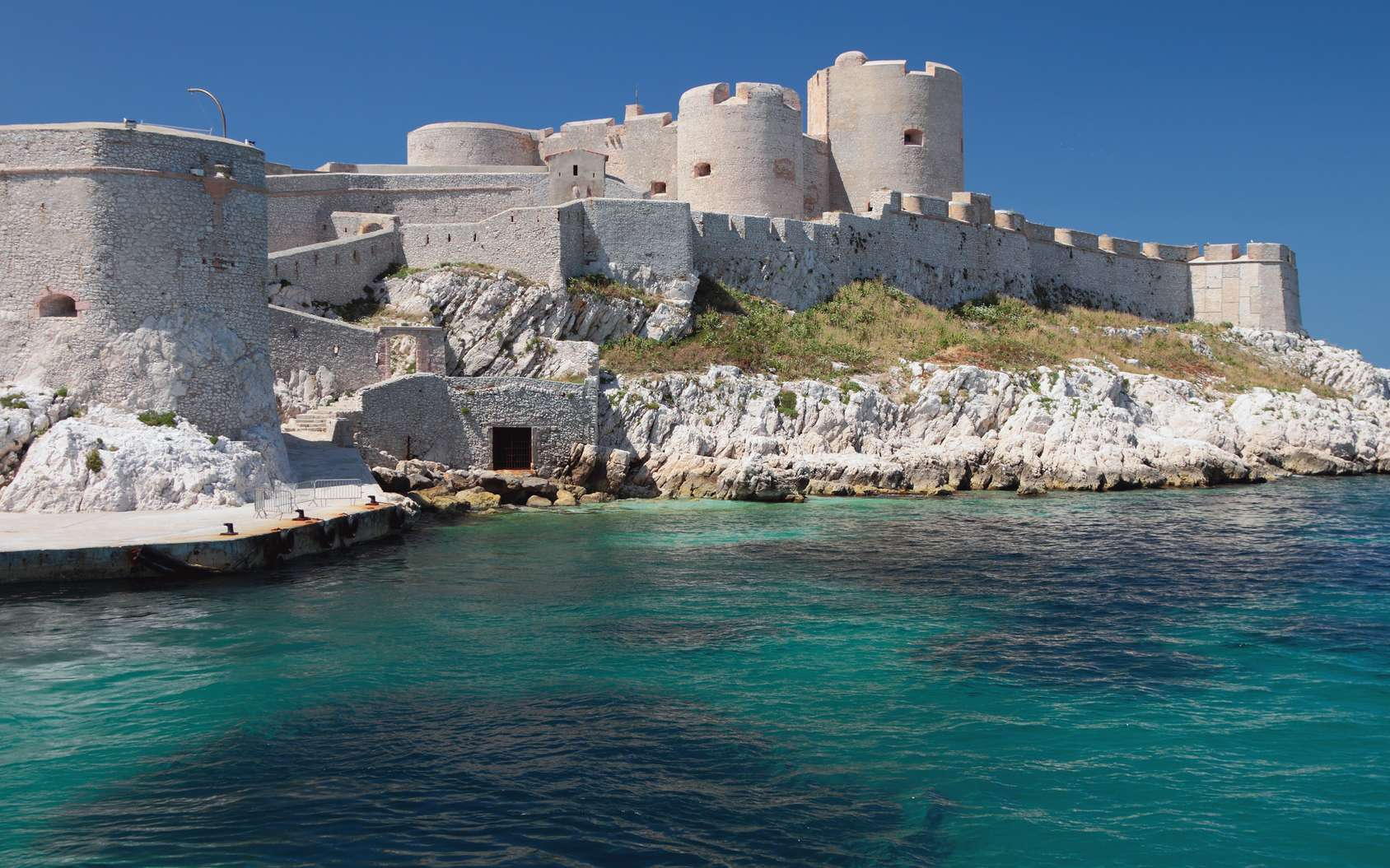 10382d0f11_123551_chateau-if-marseille-z