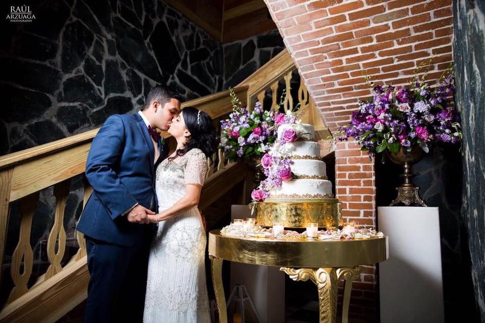 Wedding at Hacienda Lealtad, Lares