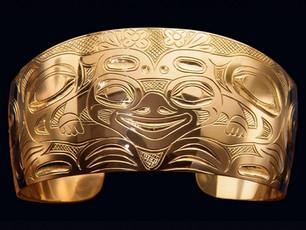 Raven Frog 18k Gold Bracelet