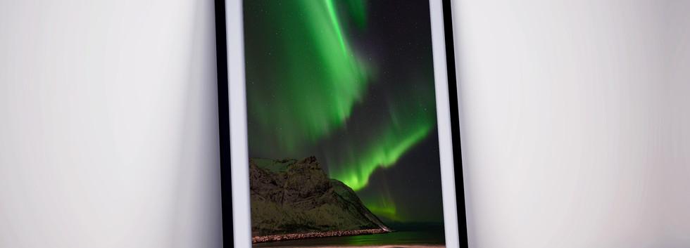 nordlicht-norwegen-strand-senja-polarlic