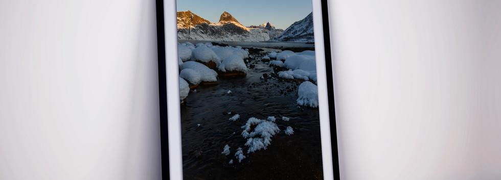 eiskristalle-berge-landschaft-fjord.jpg