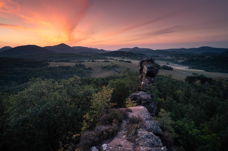 pfaelzerwald-sunrise-morgenrot-felsen