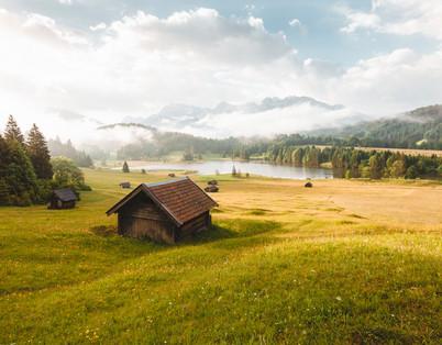 sunrise-mountains-bavaria.jpg