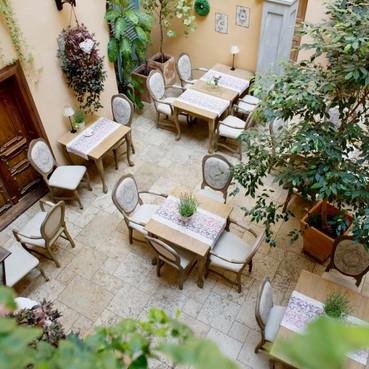 Restauracja w hotelu Kolegiackim w Poznaniu