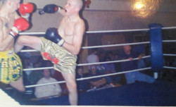 Mark fight - kick and right overhand