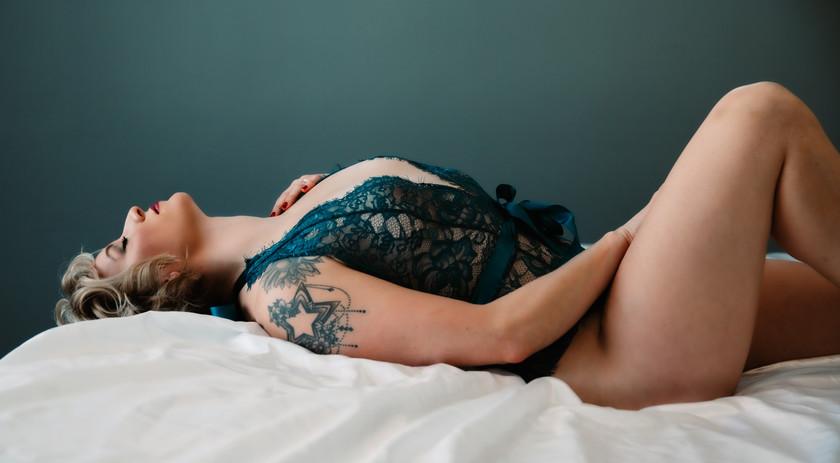 SarahBoudoir-4.jpg
