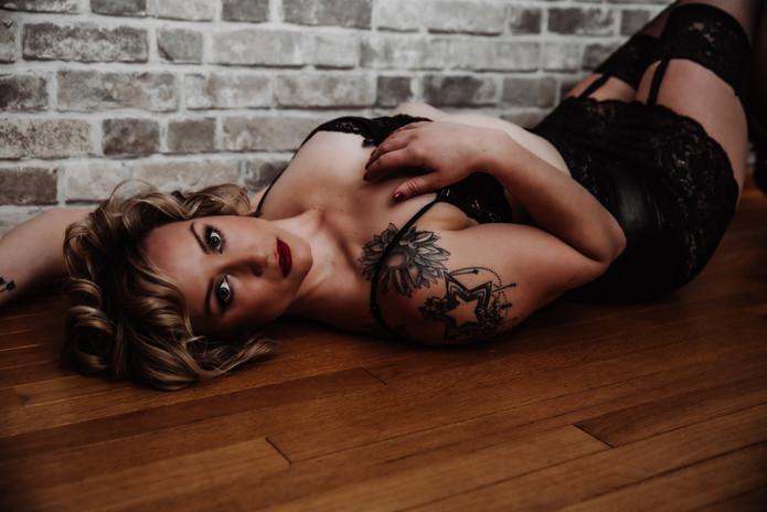 SarahBoudoir-12.jpg