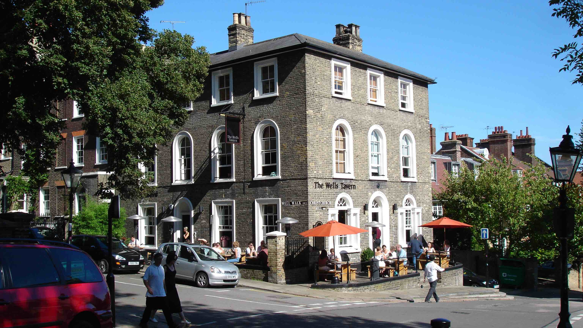 Hampstead_Wells_Pub.jpg