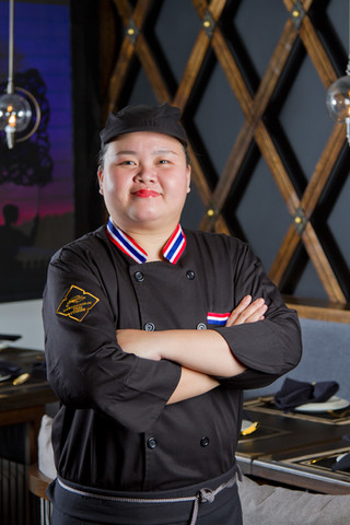 Chef Kwan, Master of Royal Thai Cuisine