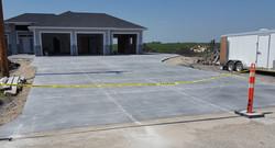 3500 sq ft driveway