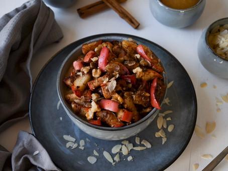 Hirse-Porridge mit Zimtäpfeln