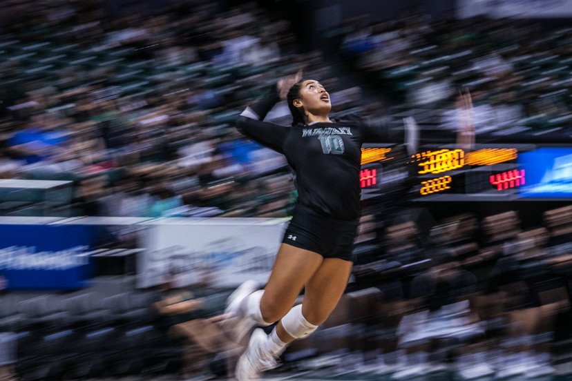 University of Hawaii setter Norene Iosia (10) serves the ball during the match against University of California at Santa Barbara on October 27, 2018 at the Stan Sheriff Center in Hawaii.