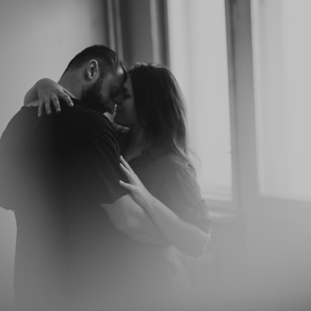 Pełne szczerych emocji love story.