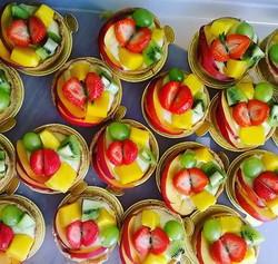 Frest Fruit tart with creme patisserie