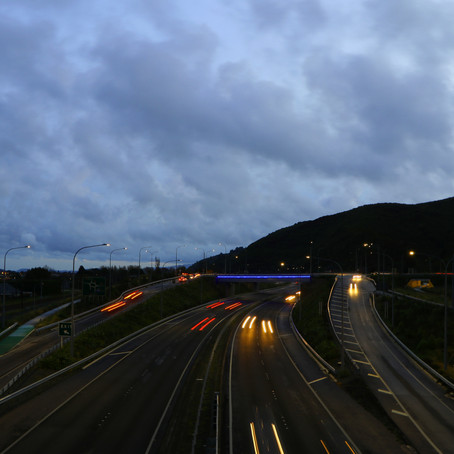 Photo Review: Capturing Light Trails with Lesley Scott