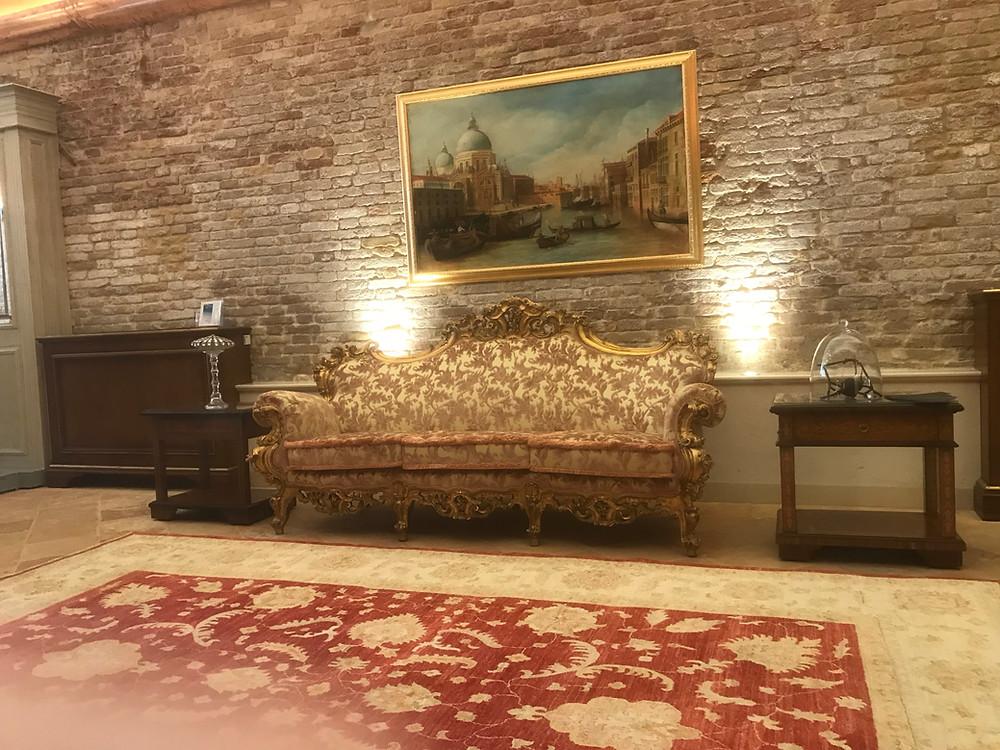 Precious Original Venetian Furnishing _Hotel Nani Mocenigo Palace
