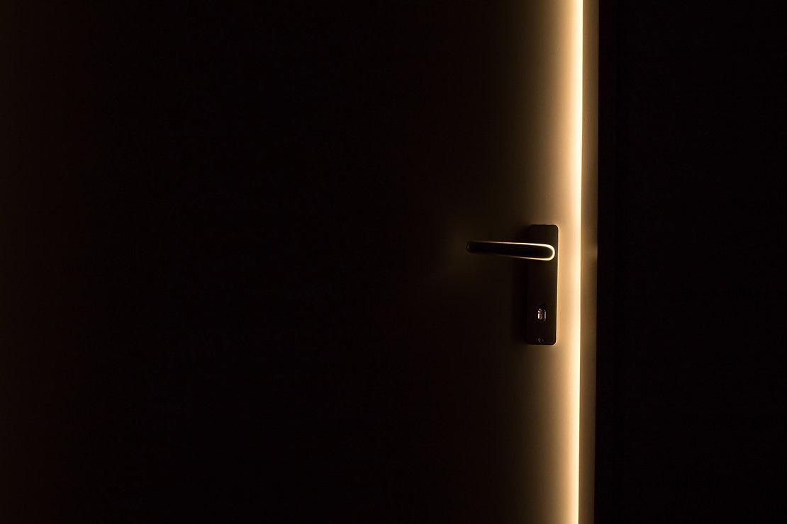 Tuer mit Lichteffekt