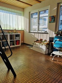 Kinderzimmer_2_Büro.jpg