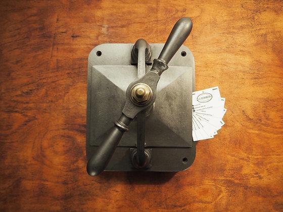 Ancienne presse de reliure d'impremiere 1930