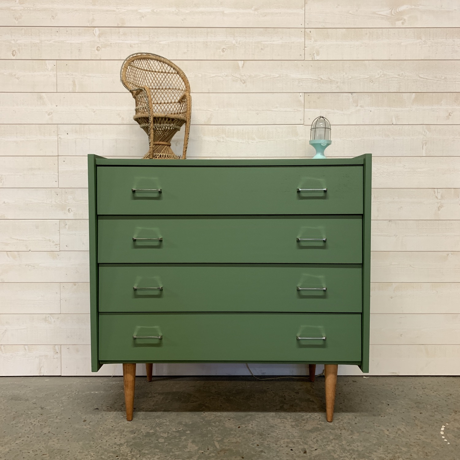commode scandinave verte