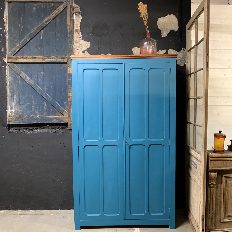 armoire parisienne Bleu paon