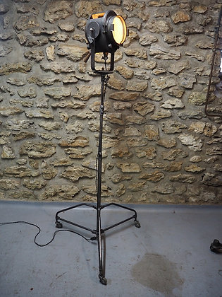 Projecteur cremer AE Paris