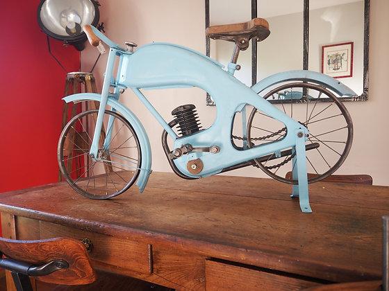 Motocyclette enfant modèle Diamant de Jean Pidoux 1956