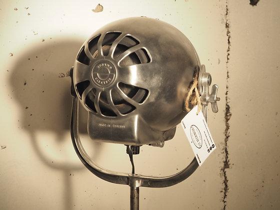 Projecteur théâtre anglais Strand Électric