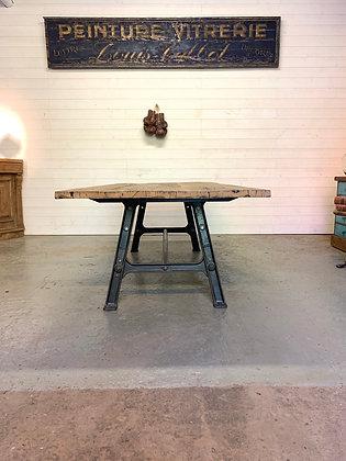 Grande table industrielle chêne