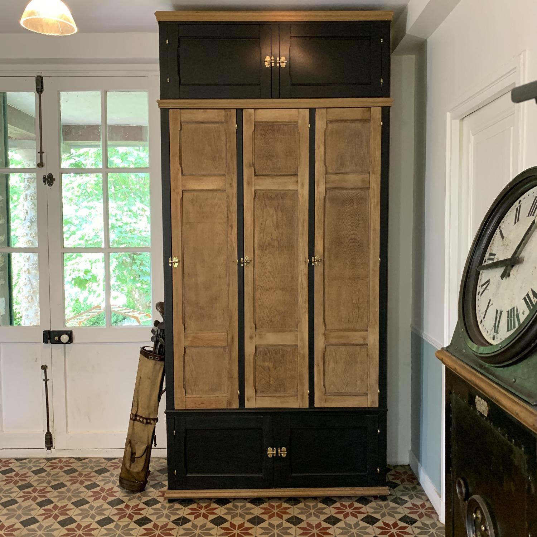 grande armoire de métier en chêne