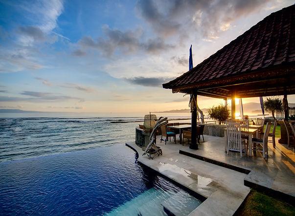 Sunset over Balinese coastline.jpg
