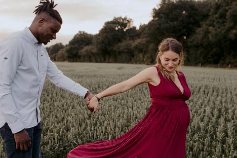 Morgane-Emeric-maternity-photography-war