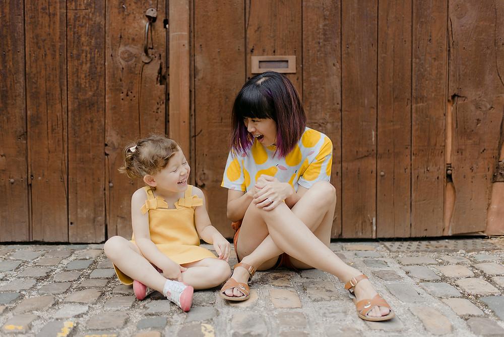 mum and daughter lifestyle photoshoot