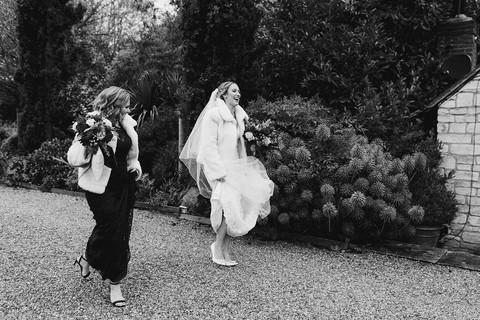 emma-tom-wedding-notley-tythe-barn-155.j