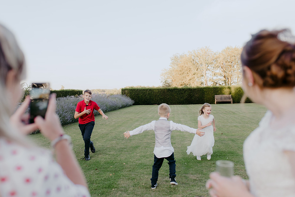 children playing at sulgrave manor wedding