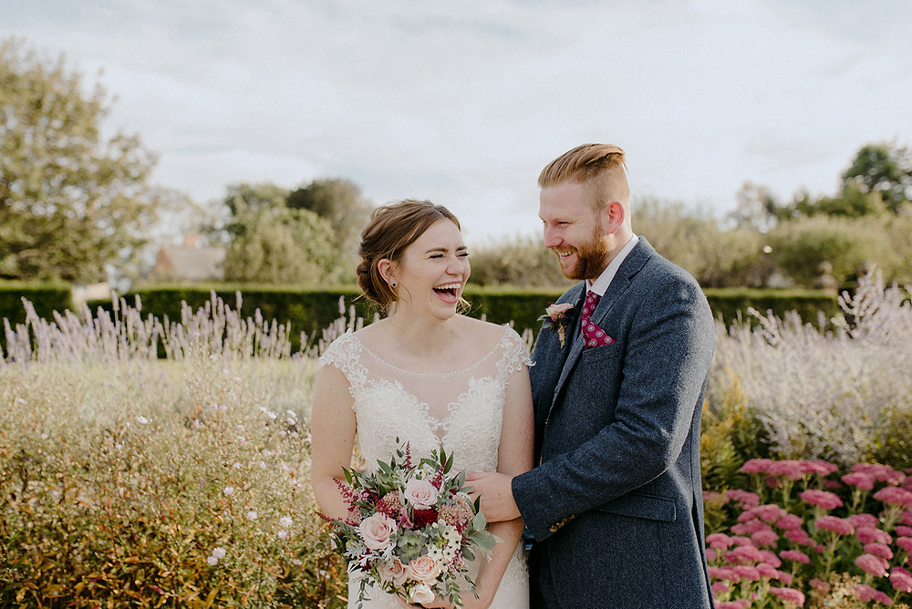 wedding couple photos natural laughing bride