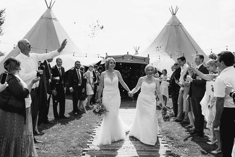 april-nicola-dovecote-wedding-450.jpg