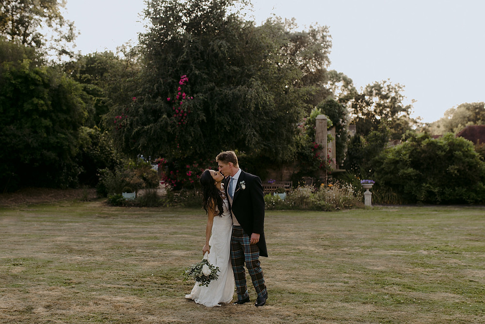 summer wedding in sussex countryside