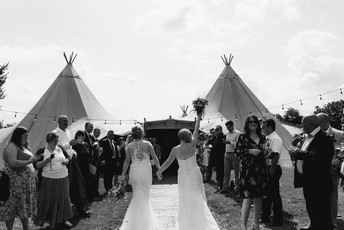 april-nicola-dovecote-wedding-458.jpg